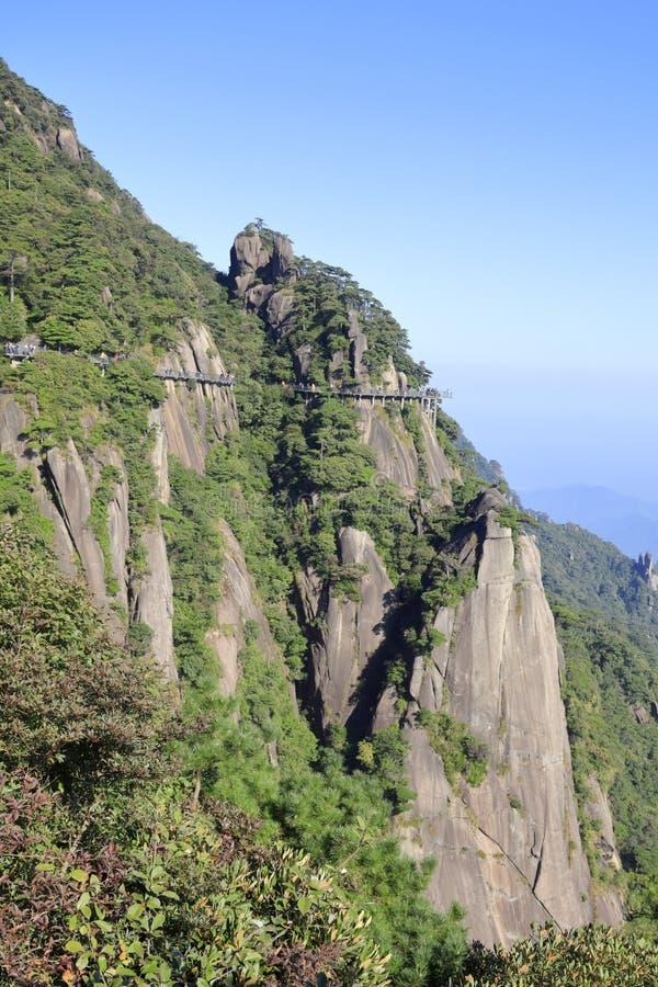 Härligt landskap av det sanqingshan berget, Adobe rgb royaltyfri bild