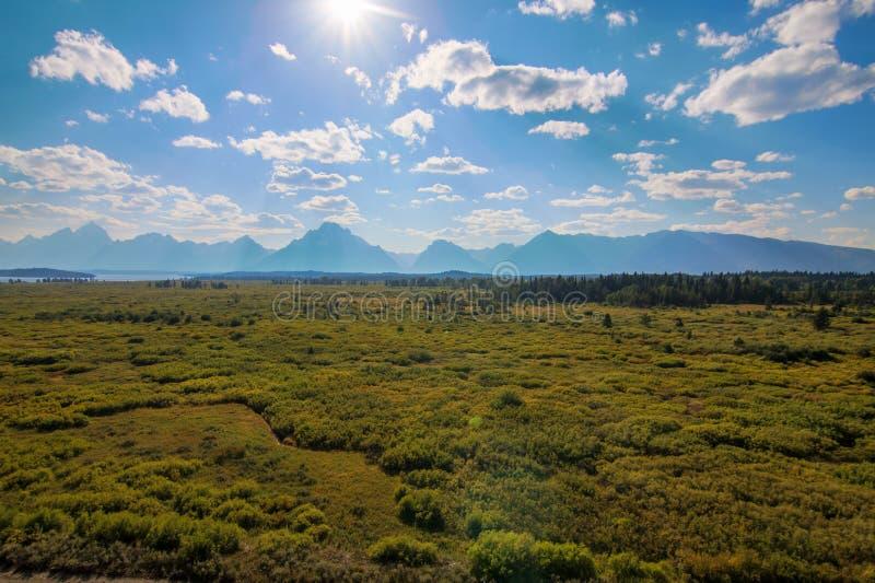 Härligt landskap av storslaget Tetons område arkivbild