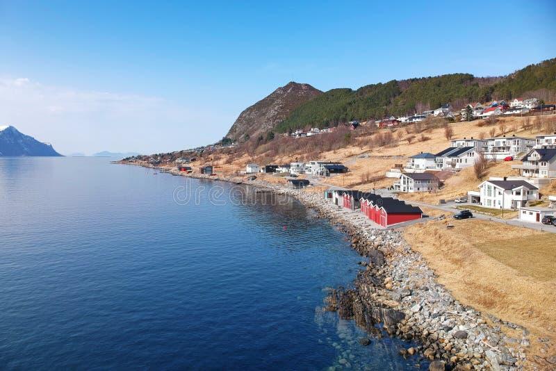 Härligt landskap av västra Norge royaltyfria foton