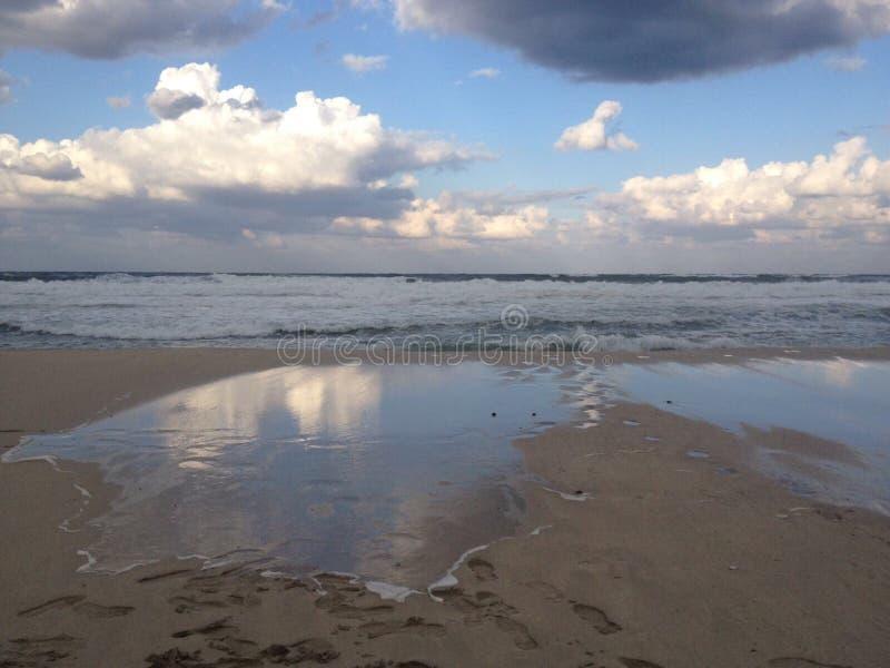 Härligt landskap i stranden av den Sicilian kusten royaltyfri foto