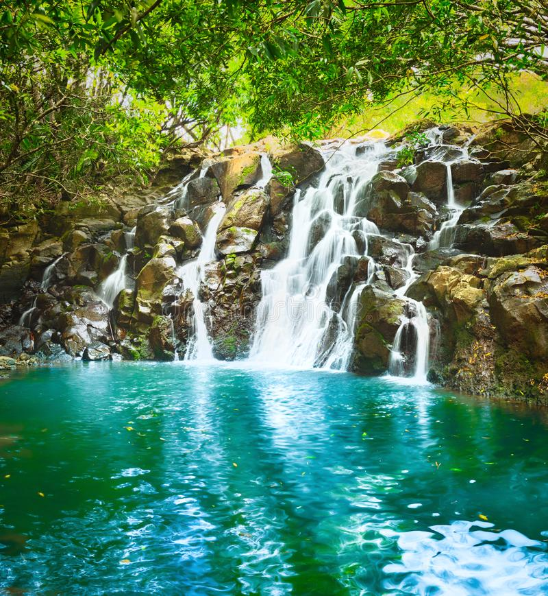 Härligt landskap KaskadVacoas vattenfall mauritius royaltyfria foton