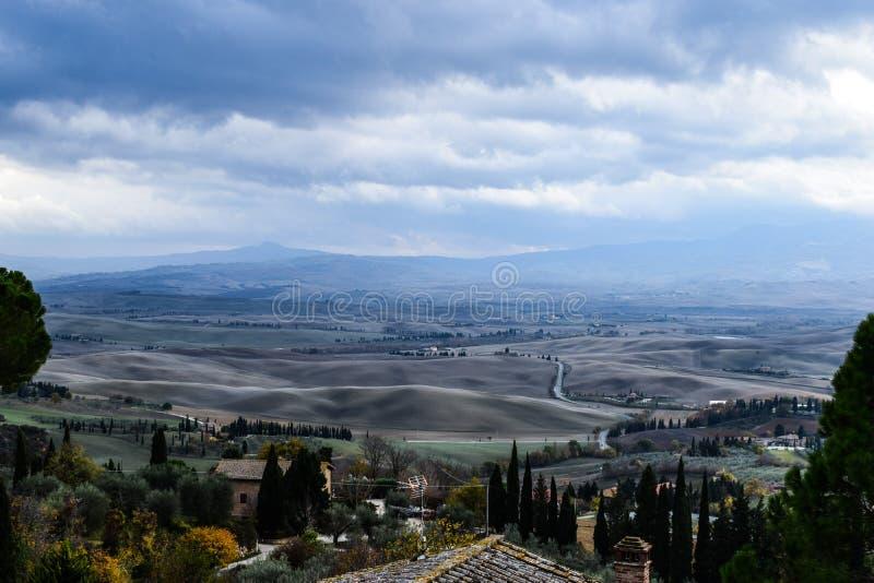 Härligt landskap på Tuscany, Italien royaltyfri fotografi