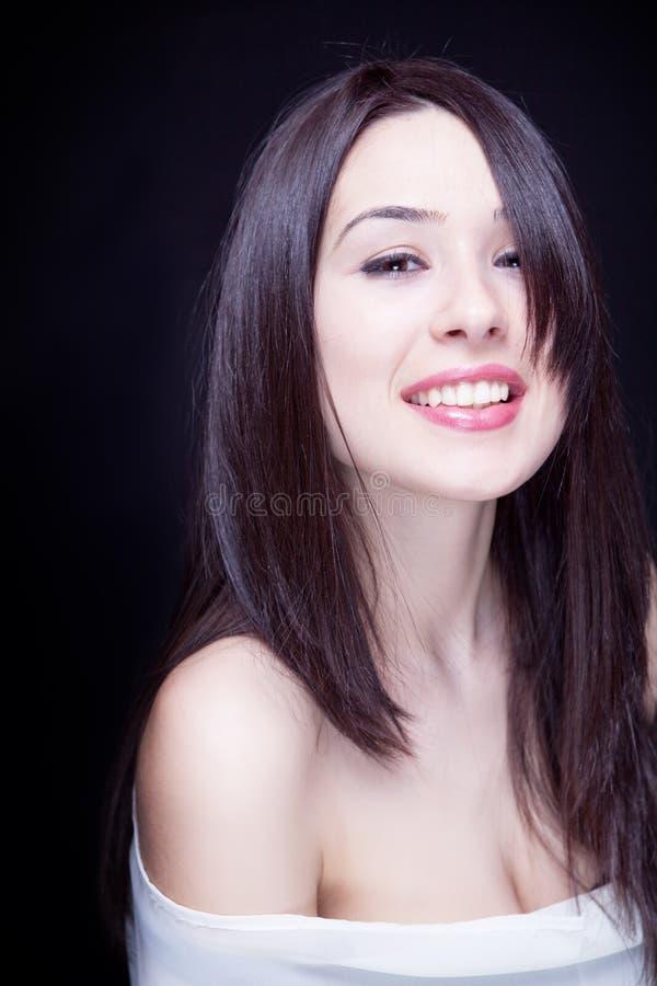 härligt naturligt barn för en sexigt kvinna fotografering för bildbyråer