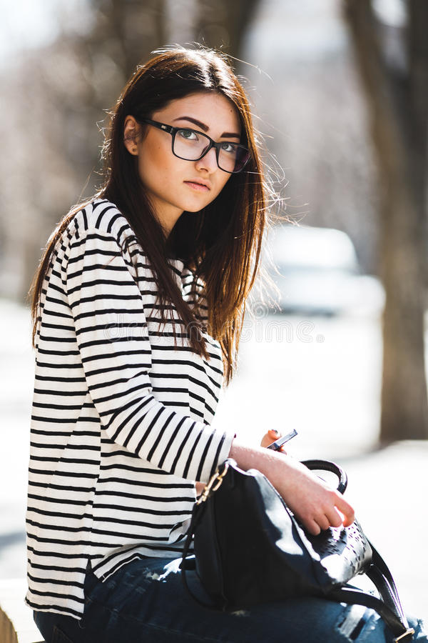 härligt posera för flicka fotografering för bildbyråer