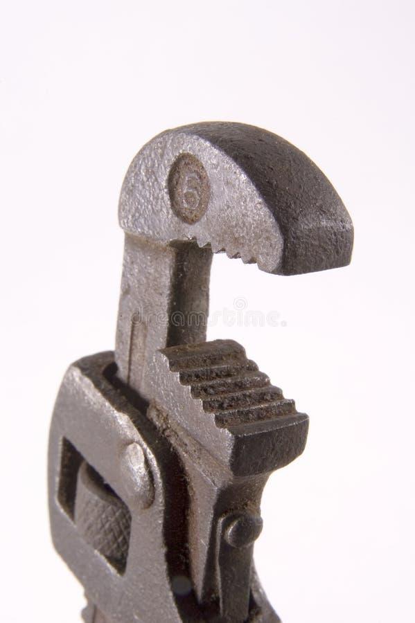 härma den gammala skiftnyckeln royaltyfri fotografi