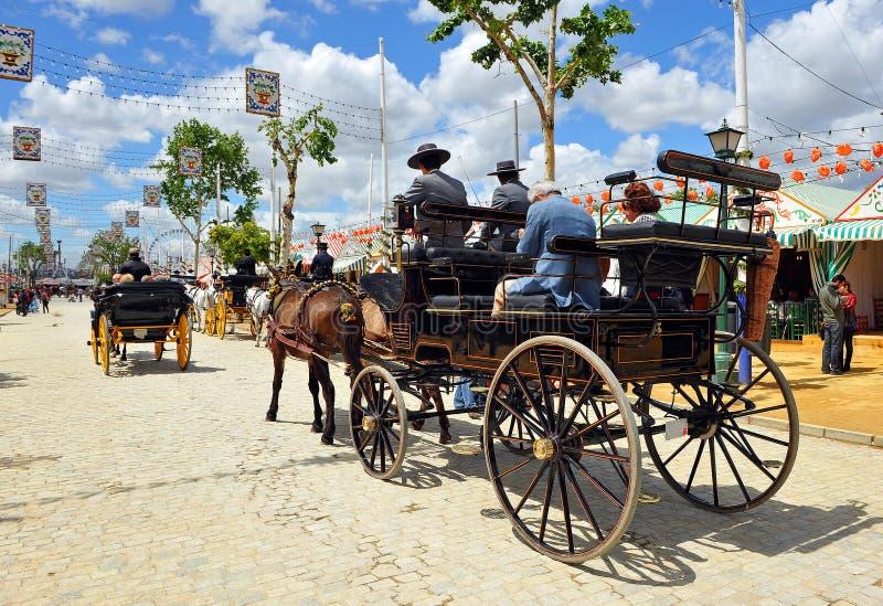 Hästvagn i den Seville mässan, Andalusia, Spanien royaltyfria bilder