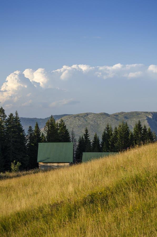 Häuschen des Berges lizenzfreies stockfoto