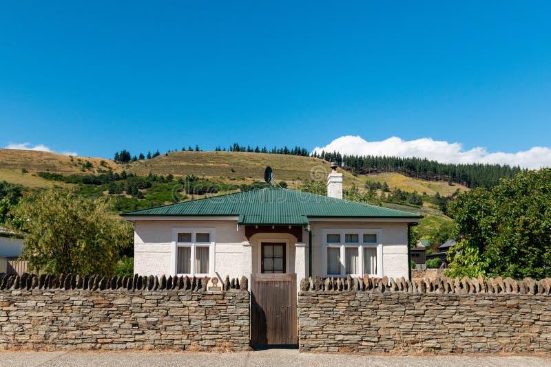 Häuschen in historischem Clyde, zentrales Otago Neuseeland lizenzfreie stockbilder