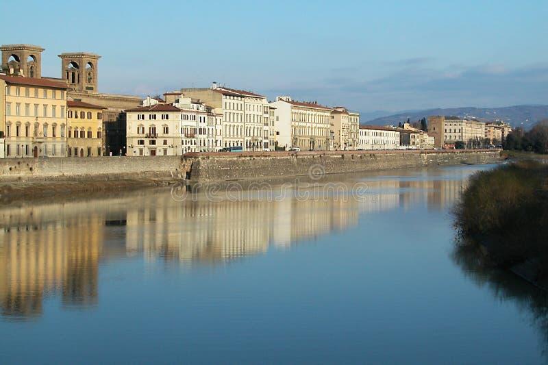 Häuser auf Arno-Fluss, Florenz, Italien lizenzfreies stockfoto