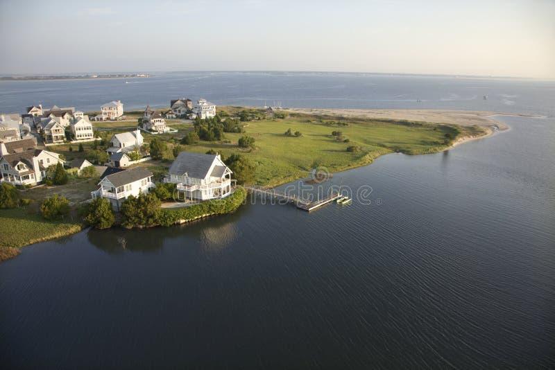Häuser auf Küste. stockfoto