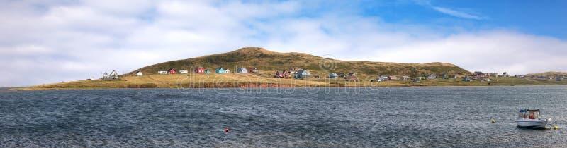 Häuser des Magdalen Isalnds-Panoramas lizenzfreie stockfotografie