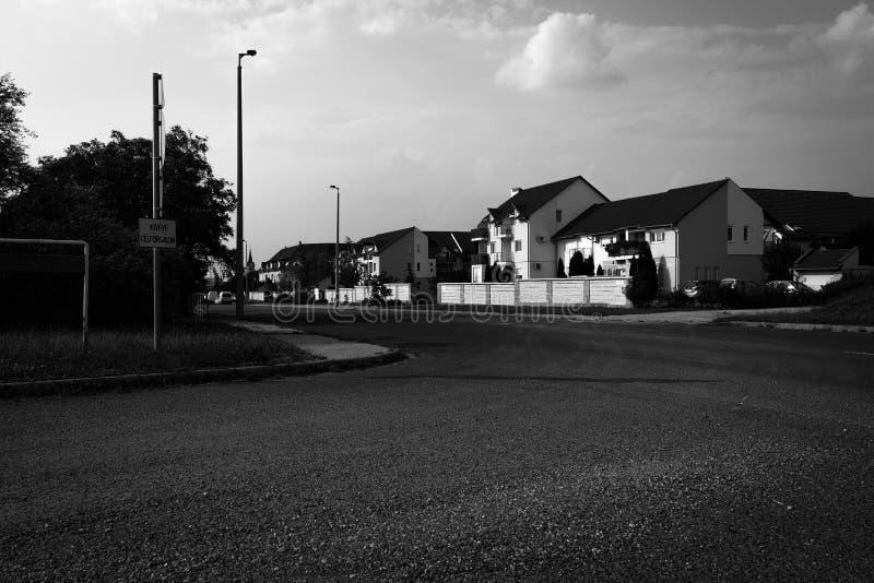 Häuser in einem pacefull Platz stockbild