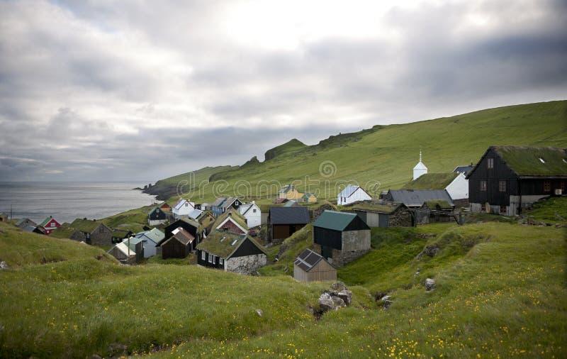 Häuser im Dorf der Insel Mykines stockfotografie