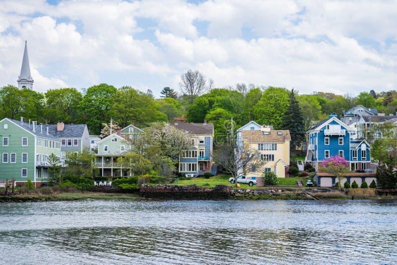 Häuser im Quinnipiac-Fluss-Park in New-Haven Connecticut lizenzfreie stockfotografie