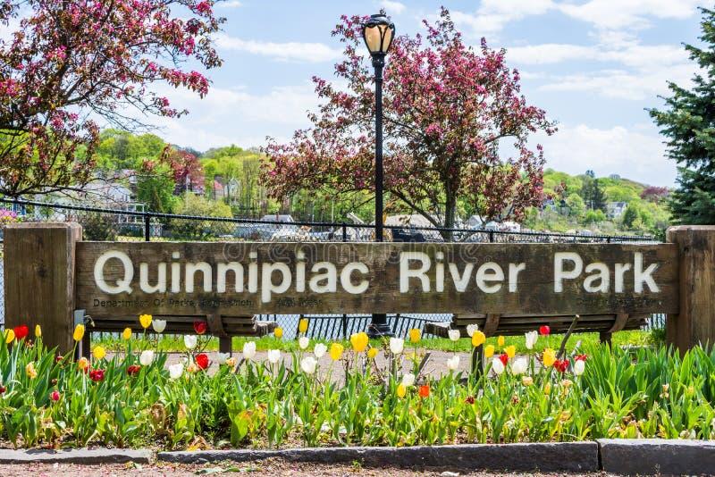 Häuser im Quinnipiac-Fluss-Park in New-Haven Connecticut stockfotos