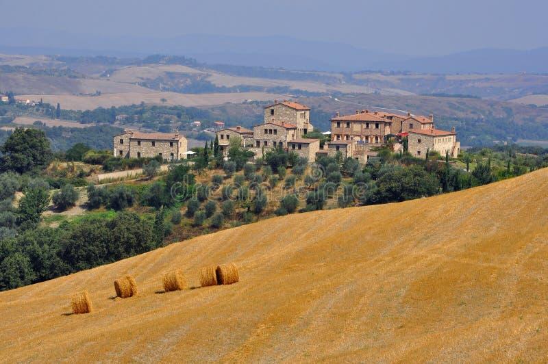 Häuser in Toskana stockbild
