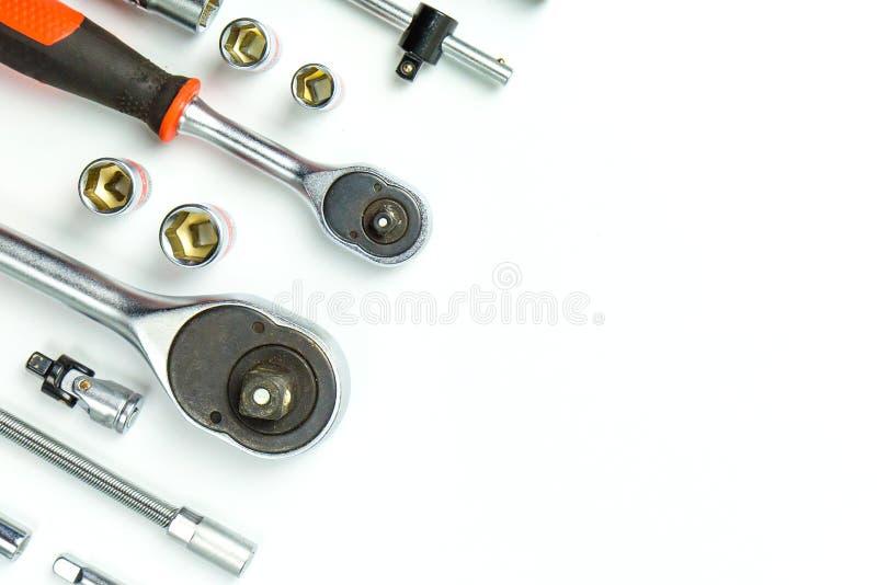 Hålighetskruvnyckelskiftnycklar på vit bakgrund för mekaniska hjälpmedel royaltyfri bild