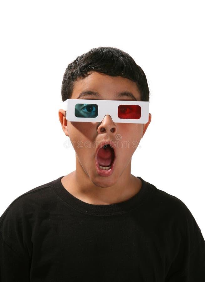 hålla ögonen på för pojkefilm royaltyfria bilder