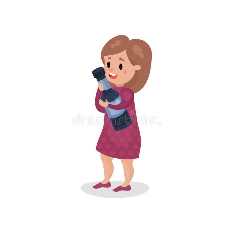 Hållande jätte- flaska för ung kvinna av alkohol, skadlig vana och illustrationen för böjelsetecknad filmvektor vektor illustrationer