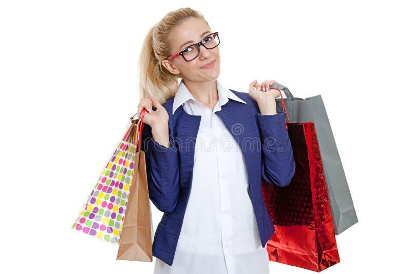 Hållande shoppingpåsar för affärskvinna fotografering för bildbyråer