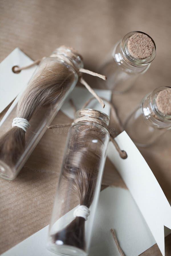Hår i en flaska fotografering för bildbyråer