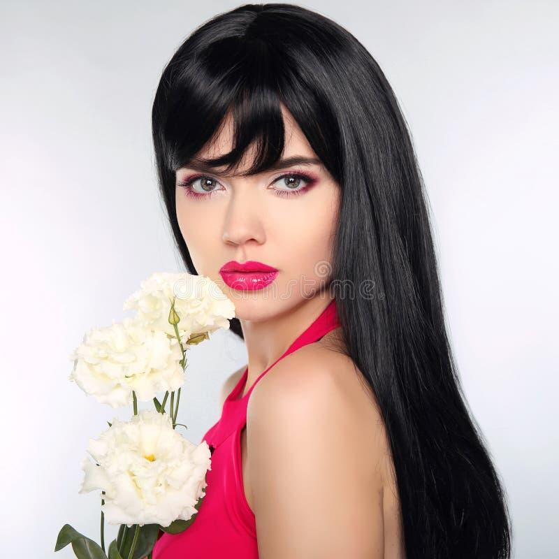 hår long Lyxig makeup för härligt mode, långa ögonfrans, perf arkivfoto