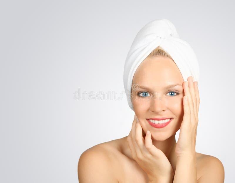 hårhanddukkvinna fotografering för bildbyråer