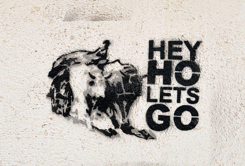 Hé Ho Let vont graffiti images libres de droits