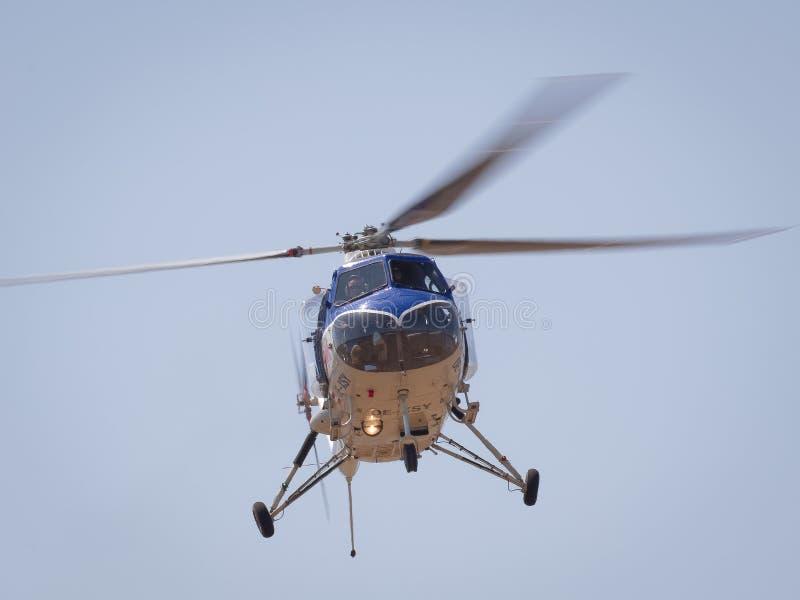 Hélicoptère de cru de SYCOMORE de Red Bull BRISTOL 171 images stock