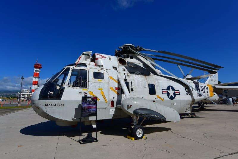 Hélicoptère de délivrance de Sikorsky H-3 Sea King de marine des USA sur l'affichage au musée Pacifique d'aviation de Habor de pe photo libre de droits