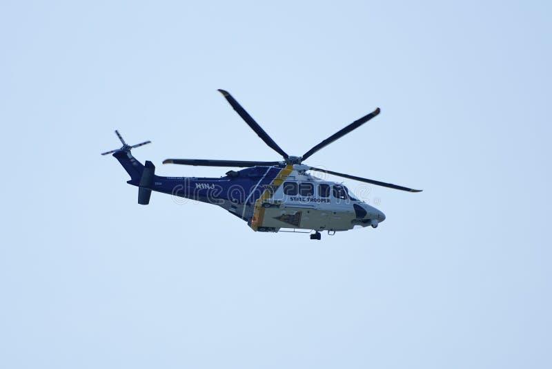 Hélicoptère de police d'état de NJ photo stock