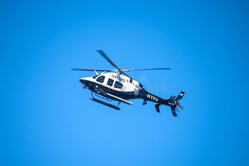 Hélicoptère de police de NYPD - 3 photos libres de droits