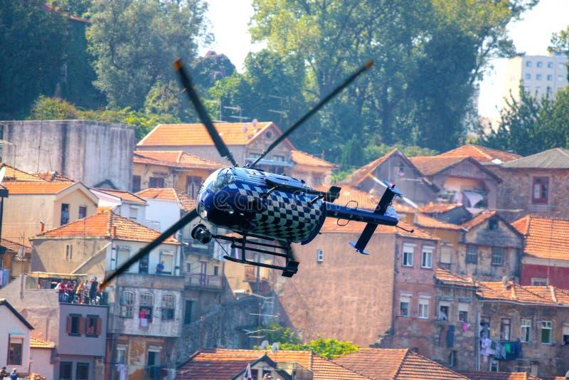 Hélicoptère de Red Bull TV image libre de droits