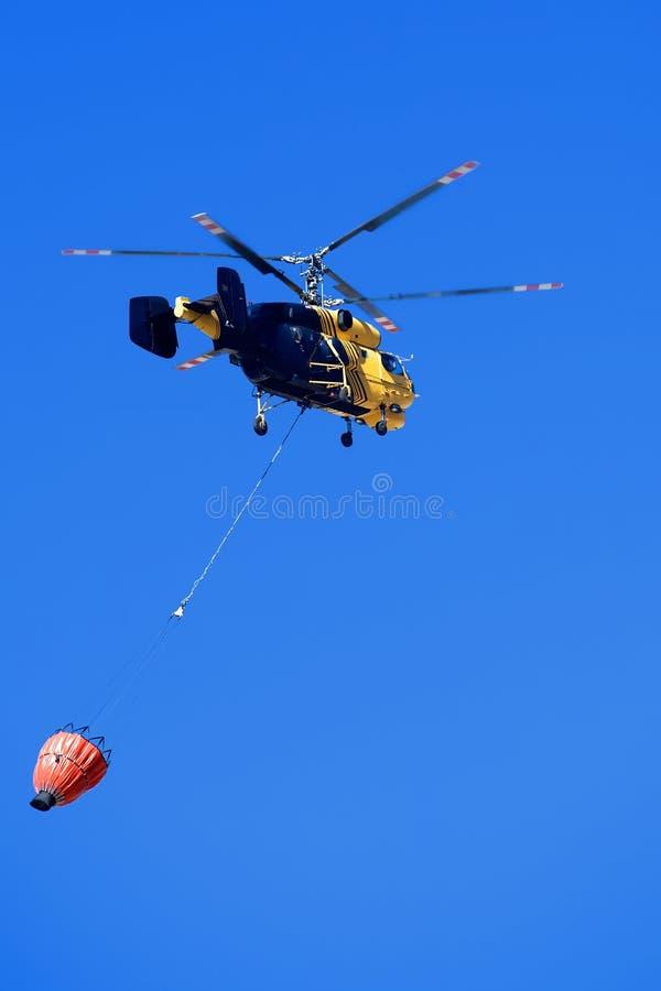 Hélicoptère de sauvetage. photos libres de droits