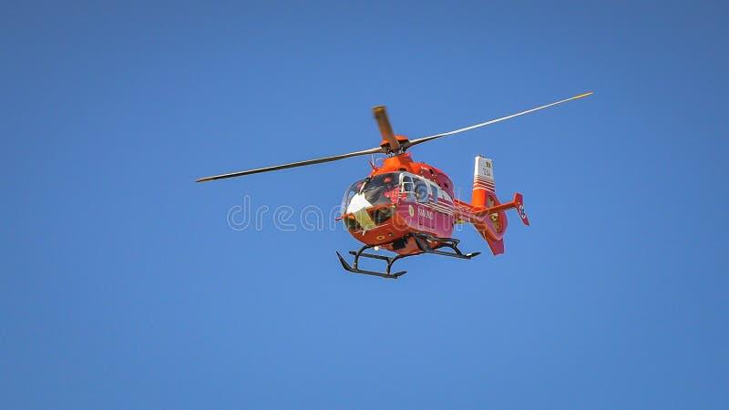 Hélicoptère de Smurd à l'exposition aéronautique de Bucarest image libre de droits