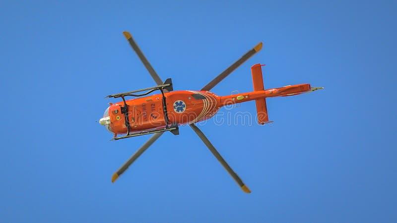 Hélicoptère de Smurd à l'exposition aéronautique de Bucarest image stock