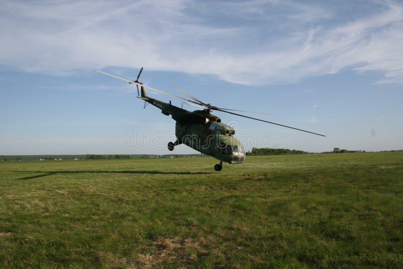 Hélicoptère extrême de décollage images libres de droits