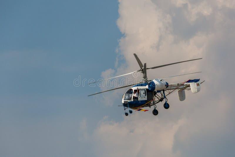 Hélicoptère KA-26 photographie stock