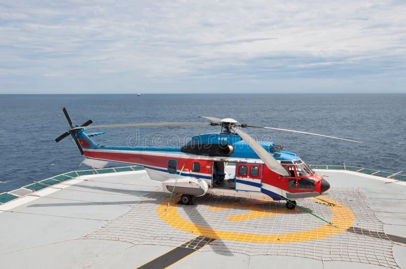 Hélicoptère superbe AS332L de puma image stock