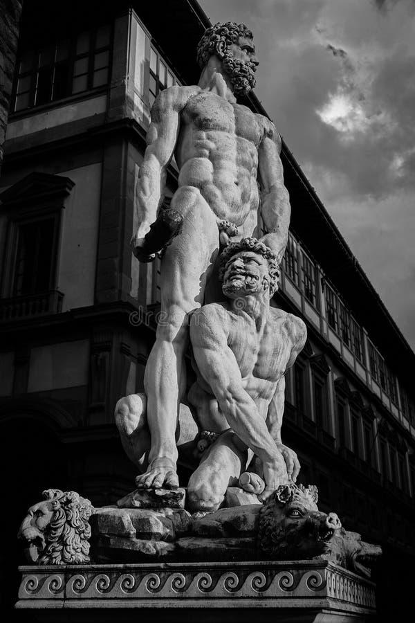 Hércules y Cacus de Baccio Bandinelli, della Signoria, Florencia de la plaza imagen de archivo