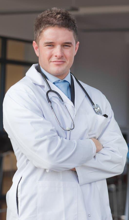 Download Hôpital de docteur image stock. Image du verticale, affaires - 8658451