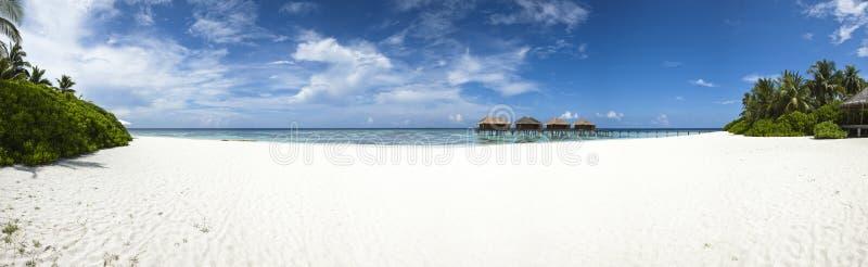 Hôtel de luxe en île tropicale photo libre de droits
