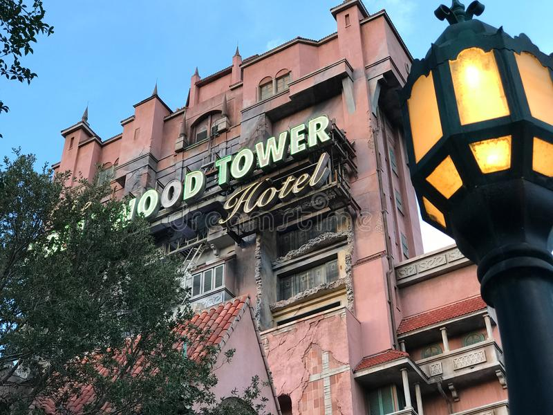Hôtel de tour de Hollywood aux studios du ` s Hollywood de Disney photographie stock libre de droits
