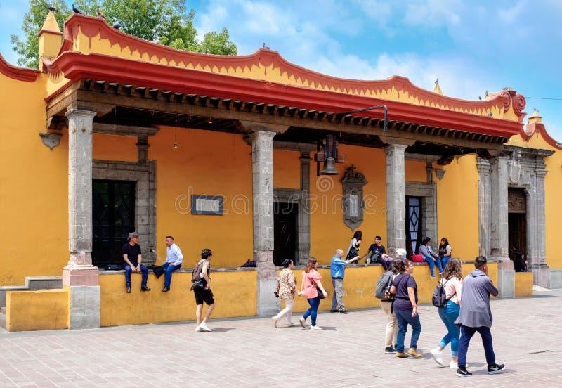 Hôtel de ville colonial chez Coyoacan à Mexico images stock