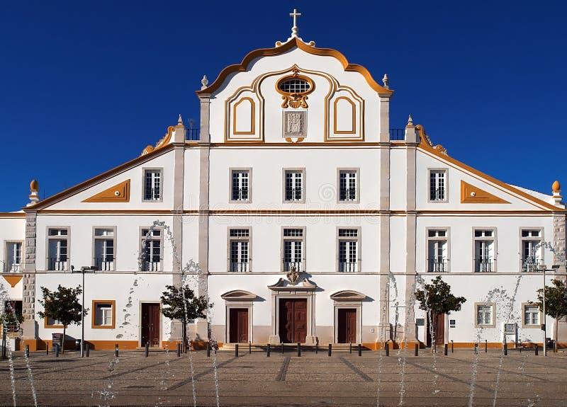 Hôtel de ville impressionnant de Portimao au Portugal images libres de droits