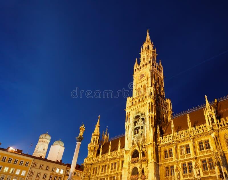 Hôtel de ville neuf à Munich photographie stock