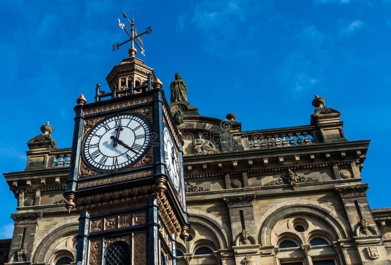 Hôtel de ville tour d'horloge vieux B Gateshead image stock