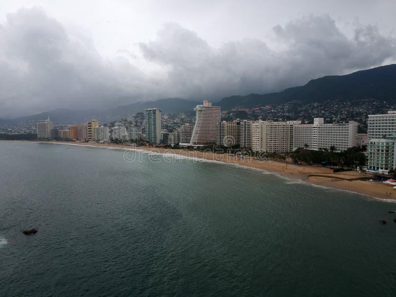 Hôtels d'Acapulco en Max Hurricane photos stock