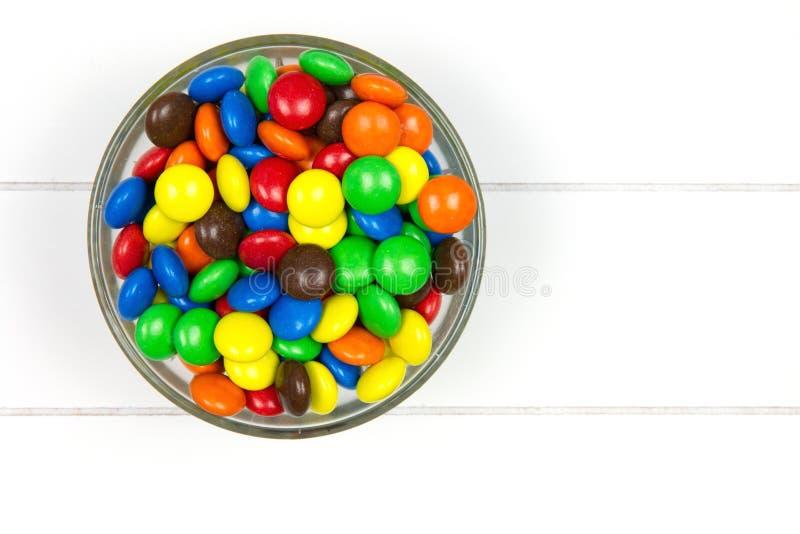 Höchst-Ansicht von Mehrfarbensüßigkeiten lizenzfreie stockfotos