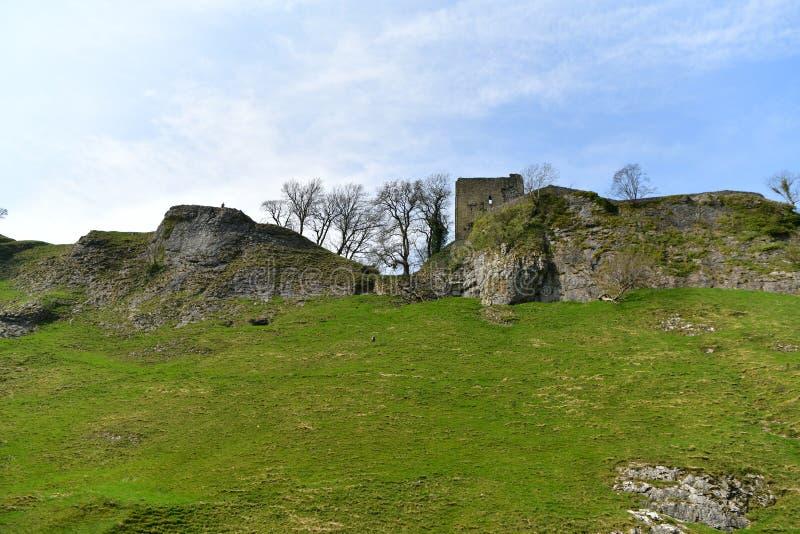 Höchstbezirk Großbritannien, altes historisches Peveril-Schloss, Aufstieg stockbild